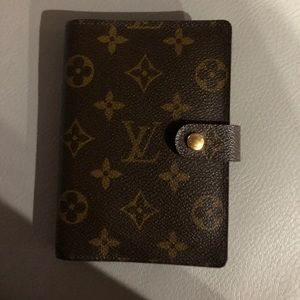 Louis Vuitton PM agenda